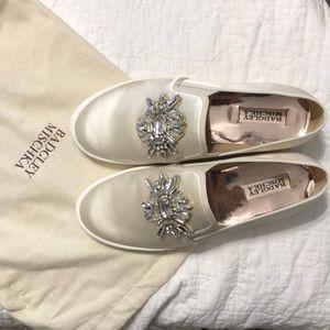 badgley mischka barre sneakers - brand new